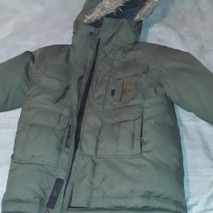 Gently used dark green winter jacket size 4/5